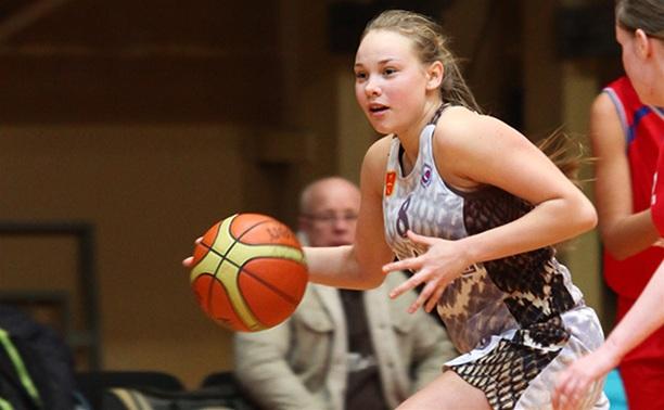 Юные тульские баскетболистки заняли четвертое место в Воронеже