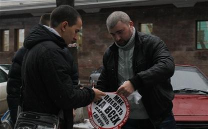 Полиция проверит видео, в котором Аркадий Чмуневич матерится на активистов «СтопХам»