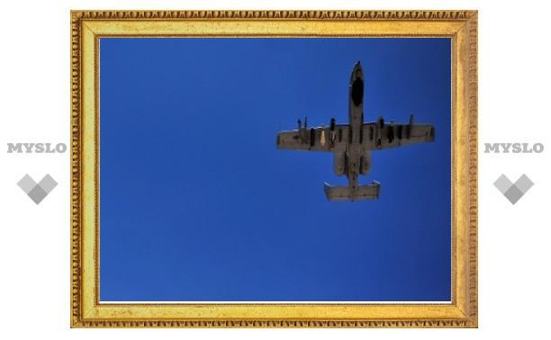 """ВВС США впервые подняли в воздух самолет на """"алкогольном"""" топливе"""