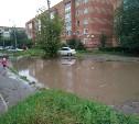 После ремонта двор в Щекино стал регулярно уходить под воду