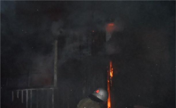 Ночью в Суворовском районе сгорел жилой дом