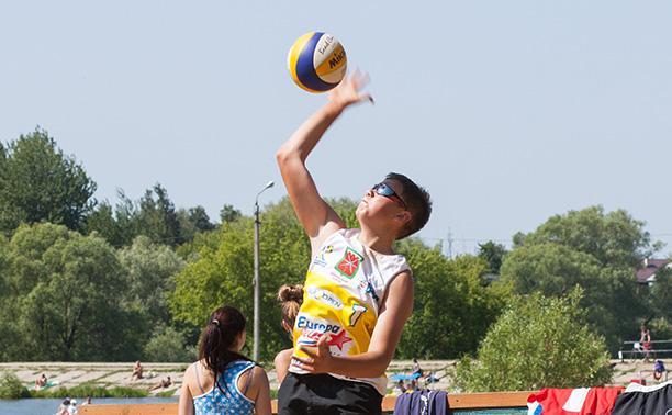 В Туле прошел II этап регионального чемпионата по пляжному волейболу