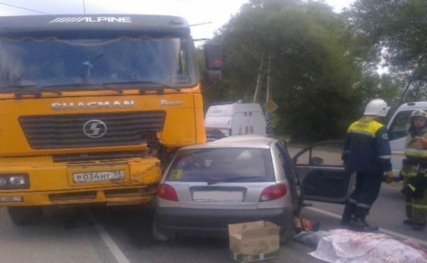 На перекрёстке Венёвского шоссе и улицы Карпова в ДТП погиб один человек
