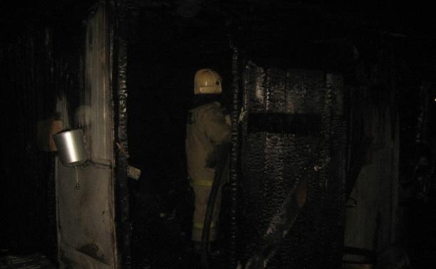 В строительном вагончике сгорел человек