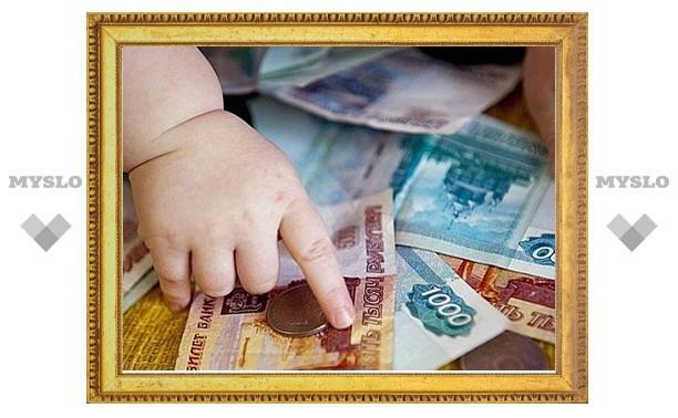 В Киреевске мать не платила алименты своей дочери