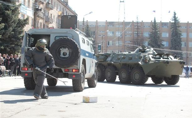 """Тульские бойцы СОБРа задержали """"Тигра"""" и обезвредили бомбу"""
