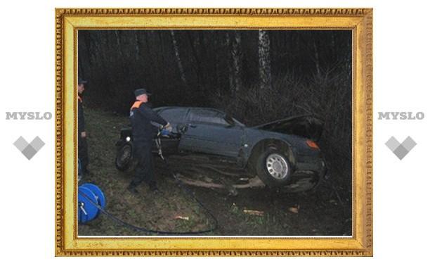 В аварии под Тулой погибли водитель и пассажир машины