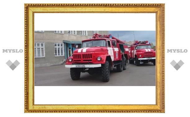Тульский грузовик сгорел по пути в Москву