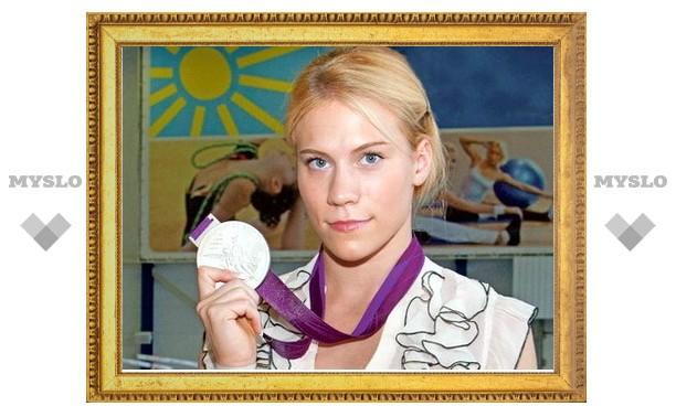 Олимпийская призерка Ксения Афанасьева навестила своих первых тренеров