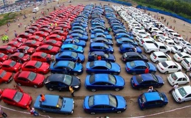 В День Российского флага по Туле проедет большой триколор из автомобилей