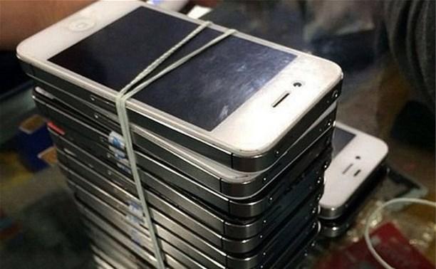 Житель Донского украл из ремонтной мастерской 15 мобильников