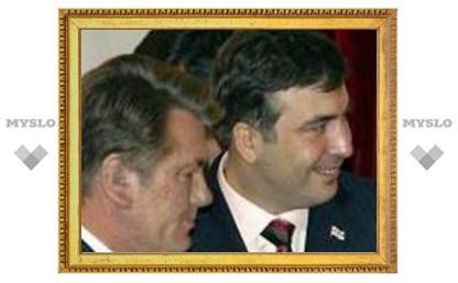 Ющенко и Саакашвили призвали Россию не сближаться с Абхазией и Южной Осетией