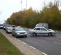 На повороте на Косую Гору столкнулись три автомобиля