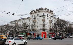 пересечение улиц Первомайская и проспект Ленина