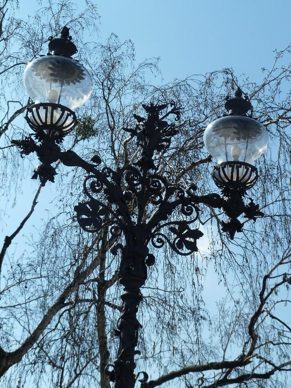 Вот такие фонари в Варшаве!