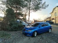 В Туле Mazda-3 сбила рябину и влетела в припаркованный Peugeot , Фото: 1