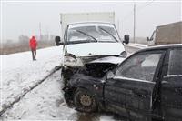 В лобовом ДТП на Восточном обводе ранены два человека , Фото: 2