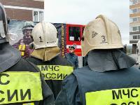 Тульские пожарные провели соревнования по бегу на 22-этаж, Фото: 25