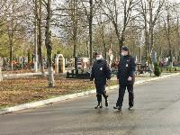 В Туле входы в храмы и на кладбища перекрыты полицией, Фото: 12