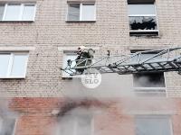 На улице Металлургов в Туле загорелась квартира , Фото: 10