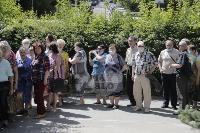В Туле пенсионеры толпятся в огромной очереди на продление проездных, Фото: 14