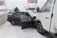 В лобовом ДТП на Восточном обводе ранены два человека , Фото: 3