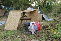 В тульском селе сносят незаконные цыганские постройки, Фото: 11