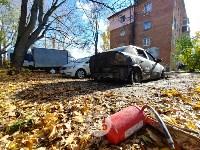 Ночной пожар в Петелино: огонь повредил три автомобиля, Фото: 3