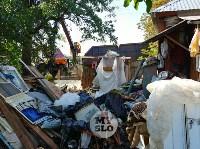В Туле со двора «Плюшкиной» вывезли несколько грузовиков мусора, Фото: 8