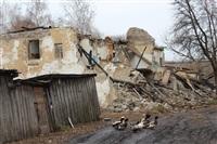 Жители одного из поселков области: «На нас падает дом!» , Фото: 1