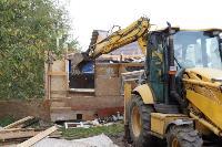 В тульском селе сносят незаконные цыганские постройки, Фото: 26
