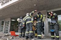 Учения МЧС: В Тульской областной больнице из-за пожара эвакуировали больных и персонал, Фото: 27
