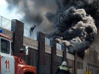 Загорелся недостроенный ТЦ на Красноармейском проспекте, Фото: 39