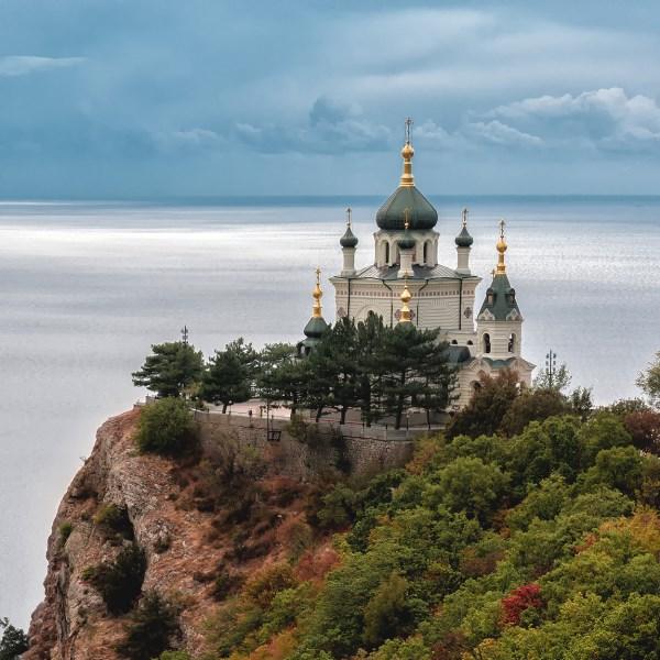 Крым,Форос, храм Воскресения Христова.