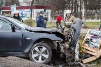 ДТП на пр. Ленина: BMW снес остановку, Фото: 12