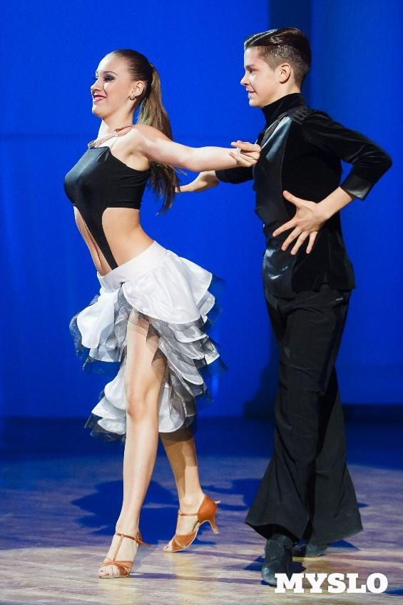 Виктория Новикова и Арсений Ключарёв, танцевально-спортивный центр «Арзу».