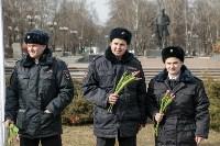 Полиция поздравила тулячек с 8 Марта, Фото: 2
