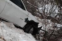 В Туле опрокинувшийся в кювет BMW вытаскивали три джипа, Фото: 25