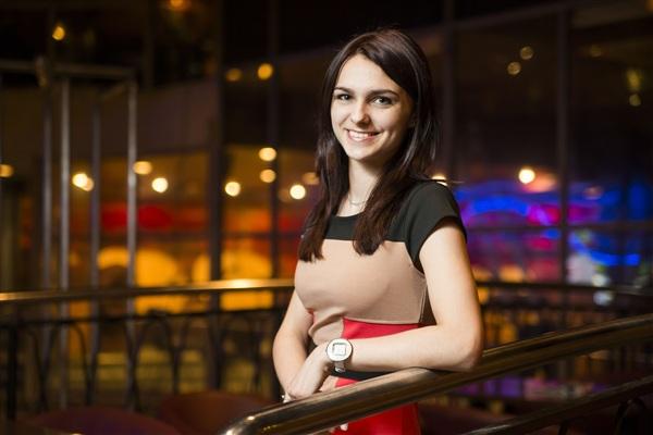 Алина Алексеева, 17 лет, школа №53. Будущий юрист-международник, увлекается танцами и фотографией.