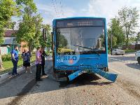 В Туле на ул. Октябрьской водитель автобуса устроил массовое ДТП, Фото: 11