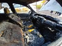 Ночной пожар в Петелино: огонь повредил три автомобиля, Фото: 4