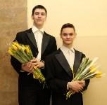 Алексей Дюмин поздравил тулячек с 8 Марта в филармонии, Фото: 5