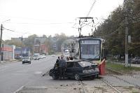 В Криволучье трамвай протаранил легковушку, Фото: 1