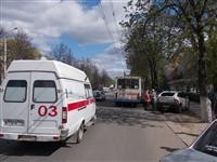 Пассажиры троллейбуса, совершившего наезд на авто и пешеходов, не пострадали, Фото: 1