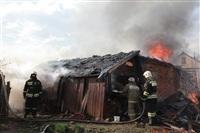 На Калужском шоссе загорелся жилой дом, Фото: 3