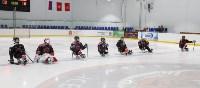 Председатель правительства Тульской области Юрий Андрианов вручил санки следж-хоккеистам региона, Фото: 2