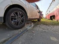 В Туле на ул. Кирова трамвай протаранил легковушку, Фото: 2