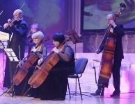 Алексей Дюмин наградил артистов Тулькой областной филармонии, выступавших в Сирии, Фото: 2