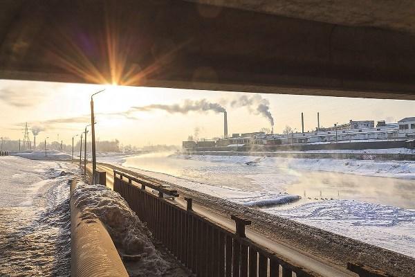 Рассвет под Зареченским мостом