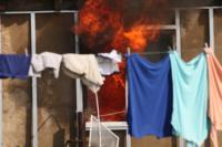 С огнем в жилом доме в селе Теплое боролись три пожарных расчета, Фото: 24